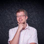SocialWatch – Adam Zbiejczuk